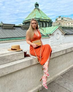 """Thank you @enazejak for these beautiful photos! 🤩⭐🧡 They're the perfect setting for our """"Wild Nights"""" Midi Dress & """"Nature's Present"""" Bamboo Bag  Get her look with 15% off your order using the code: enazejak15 👀👀  Don't miss out on this incredibly comfortable and elegant halter dress. It'll be your favourite summer piece! 💫 . . . . . . #damenoutfit #germanbloggerinspo  #bloggerin #blogger_de #fashionblogger_de #bloggerdeutschland #sommer2021 #ootdgermany #swissfashionblogger #sommerferien #prettylittleiiinspo #sommerkleid #sommeroutfit #abendkleider #bloggeruk #ukblogger #whatiworetoday #kleiderliebe #damenmode #frauenmode #urlaubsmodus #ukfashionbloggers #frauenoutfits #modeblogger #sommeroutfits #bloggerde #outfitideen #orangeisthenewblack #ootdtoday #minikleid"""